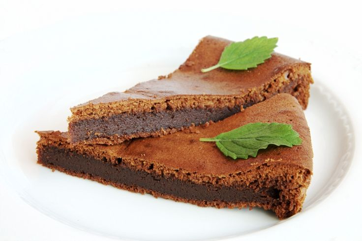Vyzkoušejte famózní #čokoládový dezert – dolce al ciocolato (vč. #bezlepkové varianty). Kdo má rád hořkou čokoládu, ten jej bude péct zaručeně znovu a znovu.