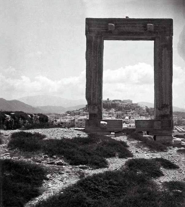 Eli Lotar .Νάξος, άποψη της Χώρας από την Πορτάρα το 1936...