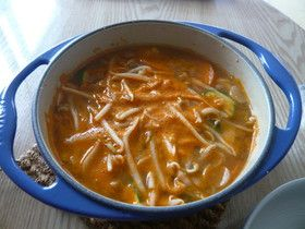 テンジャンチゲ(韓国風みそ汁)