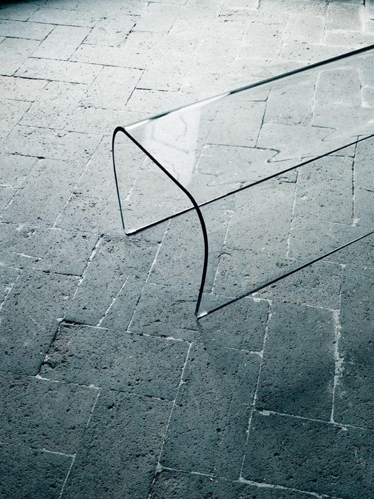 Glasitalia / bent Glass bench by Naoto Fukasawa