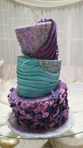 Topsy Turvy Wedding Cake. BY MONICA. Www.lamori.co.za