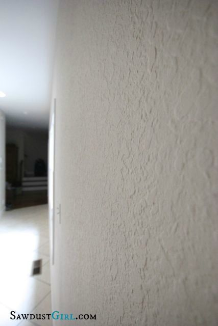 How to get rid of ugly wall texture – Skim Coating | Sawdust Girl need here