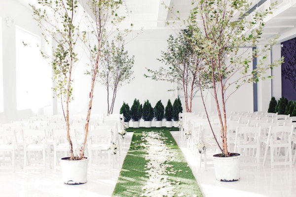 This is such a beautiful indoor garden #wedding ceremony setup! From http://stylemepretty.com/2012/12/14/nyc-indoor-garden-wedding-from-angelica-glass/  Photo Credit: http://angelicaglass.com/