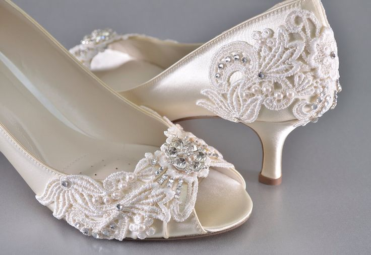 Woman's Low Heel Wedding Shoes- Woman's Vintage Wedding Lace Peep Toe Heels, Women's Bridal Shoes, Wedding Shoes, Women's shoes Bridesmaid by Pink2Blue on Etsy https://www.etsy.com/listing/250352363/womans-low-heel-wedding-shoes-womans
