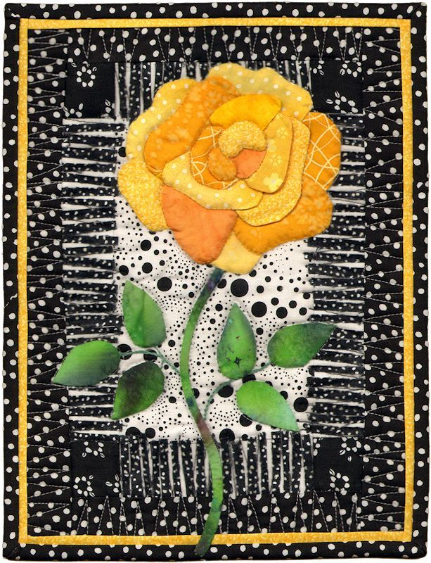 "Quilt #8884 - Yellow Rose of Texas  Sallye Hodge  Katy, TX USA  Width: 10.5"" Length: 8"""