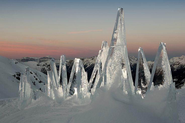 ICE SKYLINE #DOLOMITI artistic installation by #MarcoNones - photo Eugenio Del Pero #art