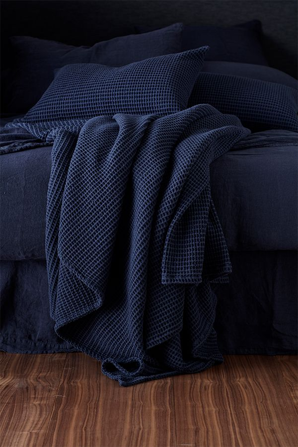 Navy Blue Big Waffle Bed Throw And Cushion Cover From 12 In 2020 Navy Blue Cushions Navy Blue Bedding Blue And Cream Bedroom