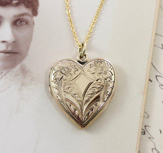 Photo Locket Edwardian Keepsake Gift for Her Circa 1900/'s Antique Large Locket Necklace