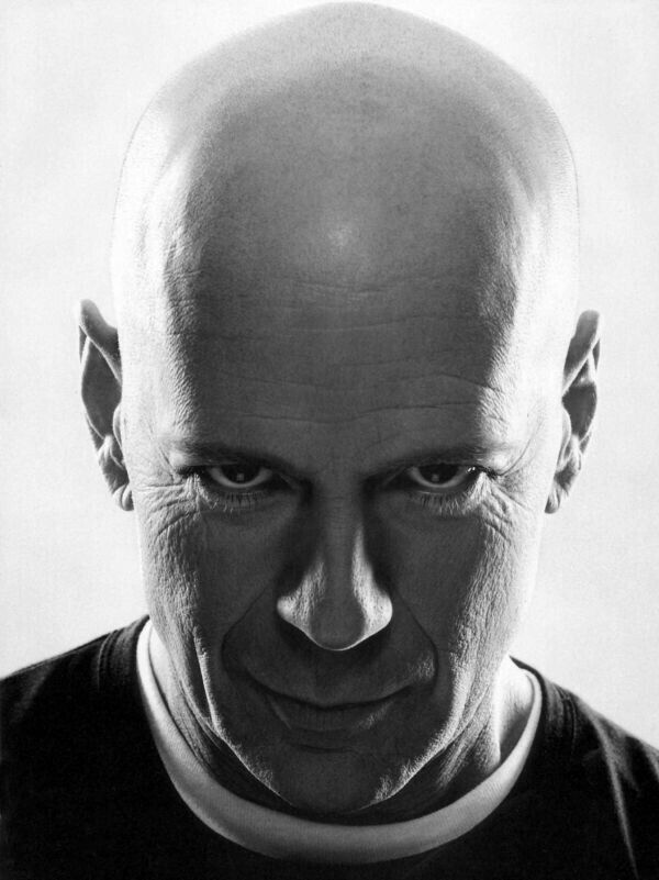Bruce Willis 💜💖💟💗❤💛💚💙