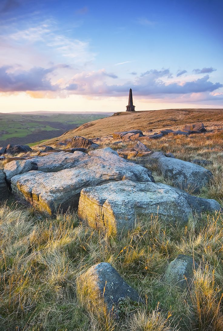 Stoodley Pike, Todmorden