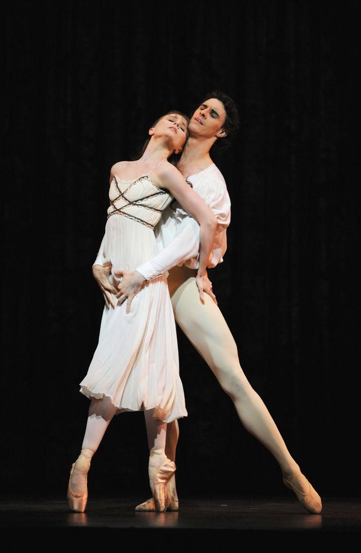 Birmingham Royal Ballet's Iain Mackay and Jenna Roberts as Romeo and Juliet; photo: Roy Smiljanic