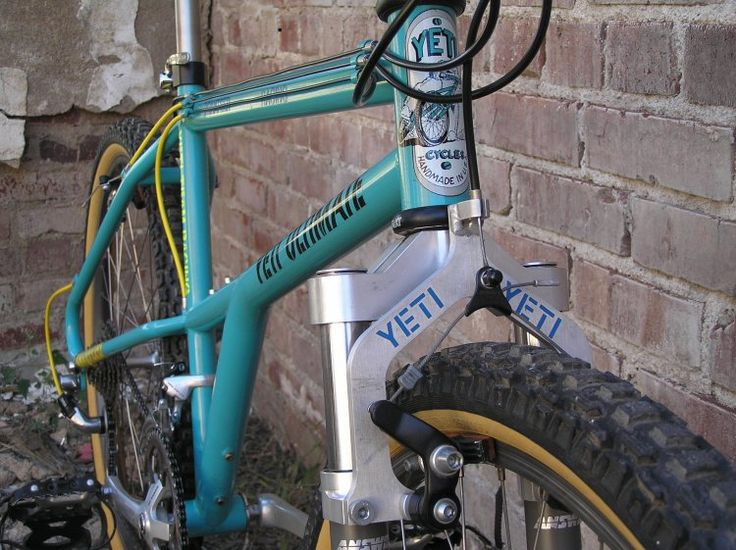 Yeti Ultimate. A high school classmate of mine back in 1993, who happened to be a serious racer, knew of a guy on the circuit that was selling his Yeti to buy up. I bought it and *loved* it. Ended up giving it to my brother; it was stolen from a garage in San Diego. I'll never forget that bike...this one sports the original Answer Manitou 1...