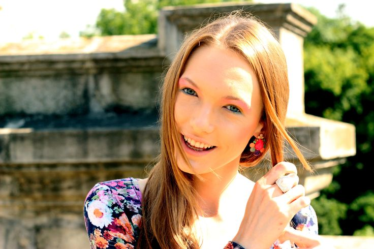 Summer colours #fashion #fashionblogger #makeup #outfit #summer #streetstyle #rainbow #pastel #colours
