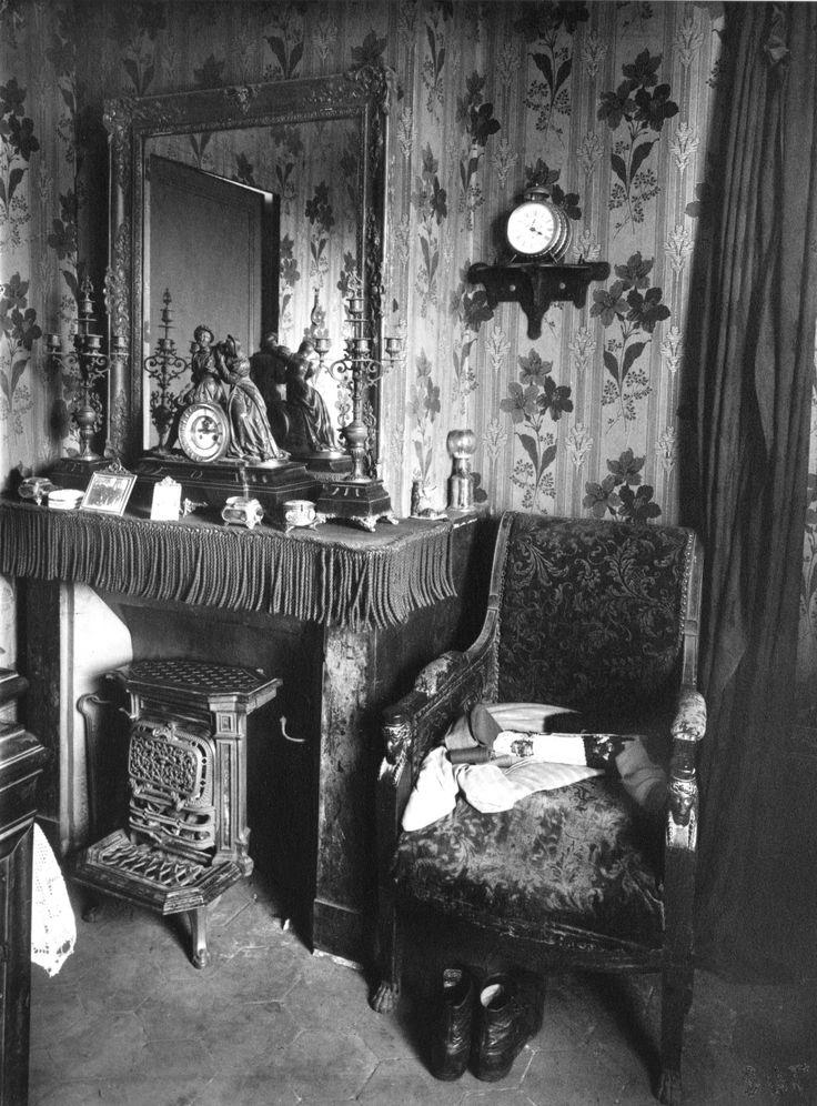 Eugène Atget: Paris interior, 1910