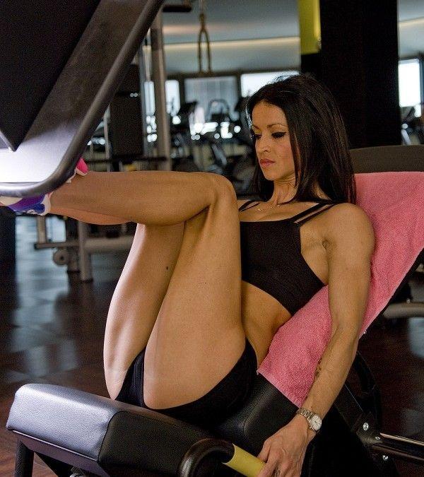 Silové cvičenie pre ženy. Vypracujte si svoju postavu! -