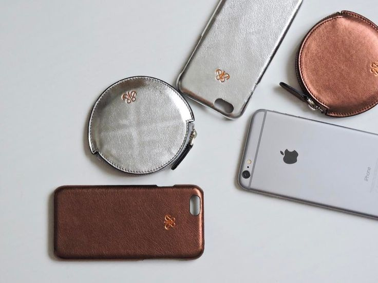 Hello monday 🤚 Silver , copper metallic accessories #serapaktugleathergoods #coincase #iphonecase #iphonekilif #bozukparalik #silver #copper #luxe #style #fashion #deriaksesuar #bakir #gumus #deritasarim #deriaksesuar