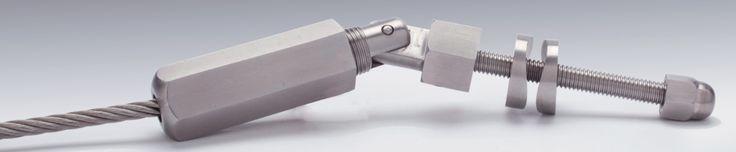 Kit tendeur pour câble inox traversant poteau, finition brossé.