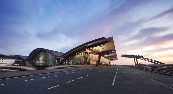 Hamad International Airport Passenger Terminal | Doha, Qatar | HOK's design of the main passenger terminal emphasizes Qatari hospitality and its Gulf-side location. The terminal gives visitors a lasting impression of the country while providing them with a five-star travel experience.