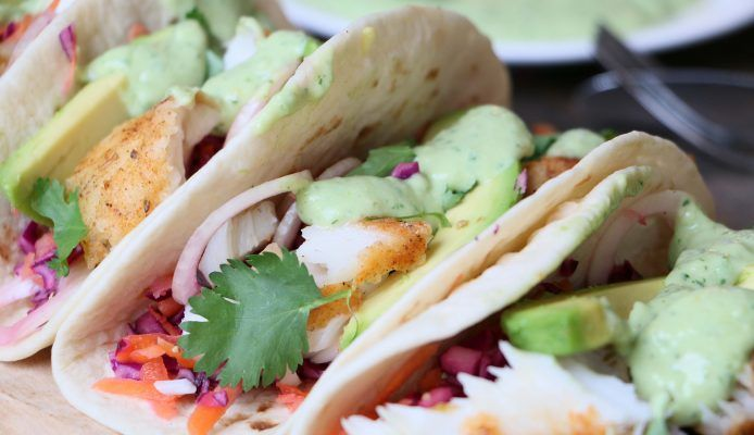Healthy vis taco's met rainbow slaw – Culy.nl