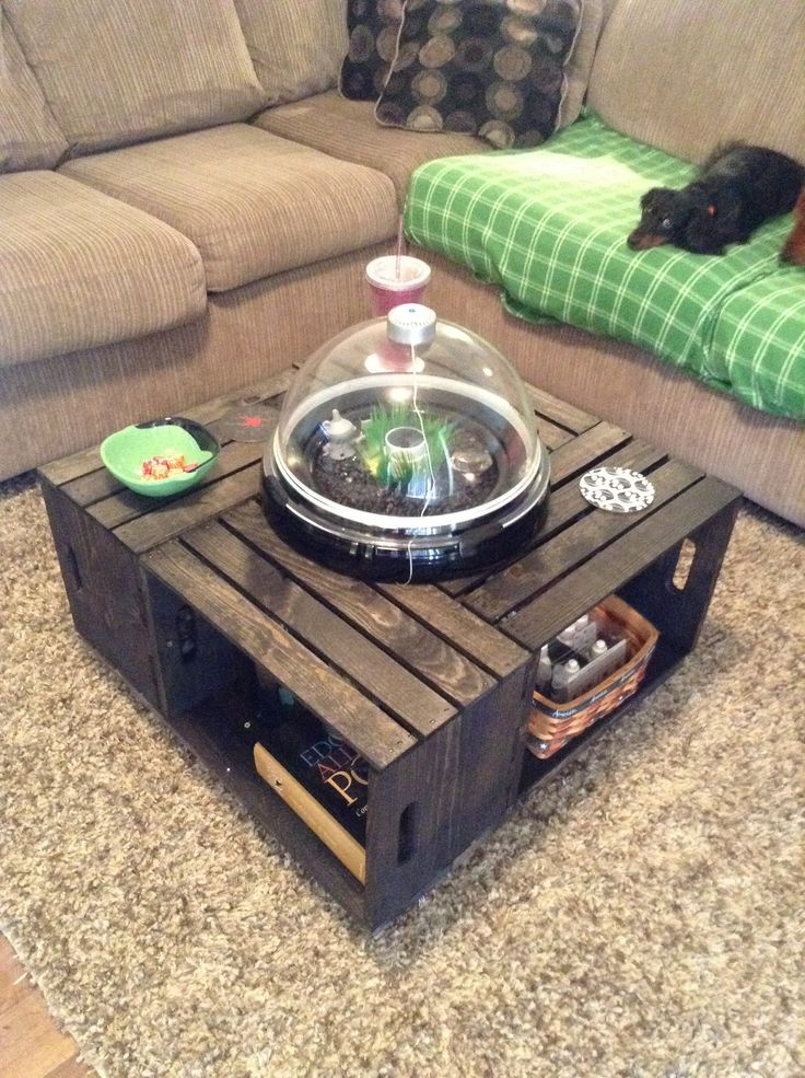 The 25 best wine crate coffee table ideas on pinterest for Wine crate diy