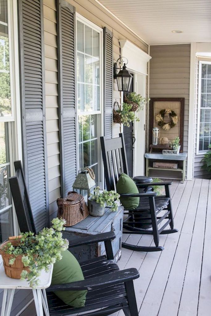 51 Beautiful Farmhouse Front Porch Decorating Ideas