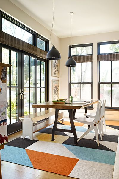 The Graphic Rug Gives This Rustic Dining Room A Little Edge Without Losing Its Charm