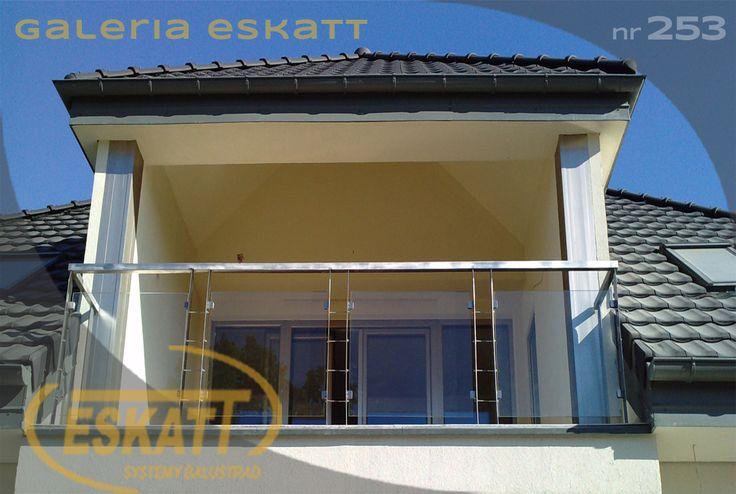 Stainless steel balustrade with safety glass panel filling #balustrade #eskatt #construction #balcony