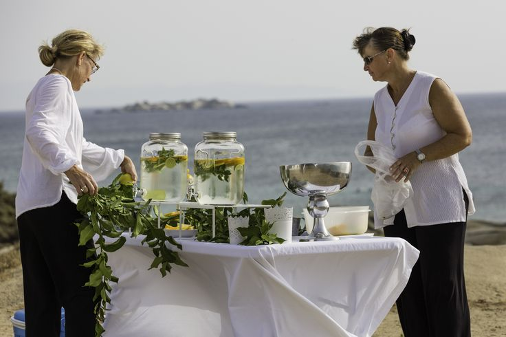 Islanevents.gr styling refreshment tables by the sea in Naxos - #naxosweddings