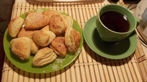 Вкусные и очень простые рецепты полезного творожного печенья.