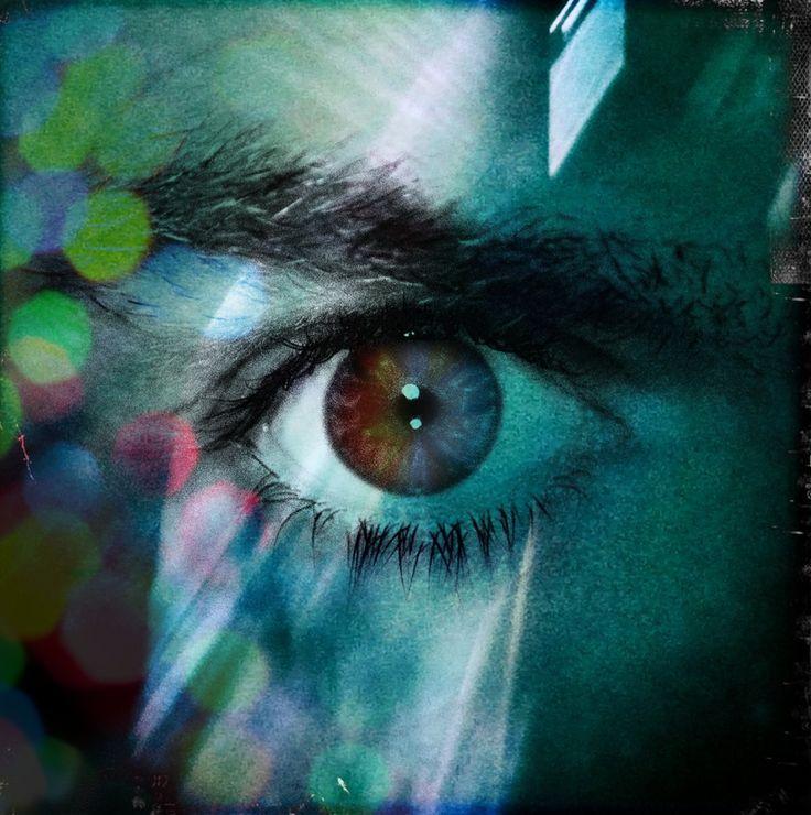 #Stargate http://www.ryanmercer.com Co-founder of Wonka Industries Ryan Mercer