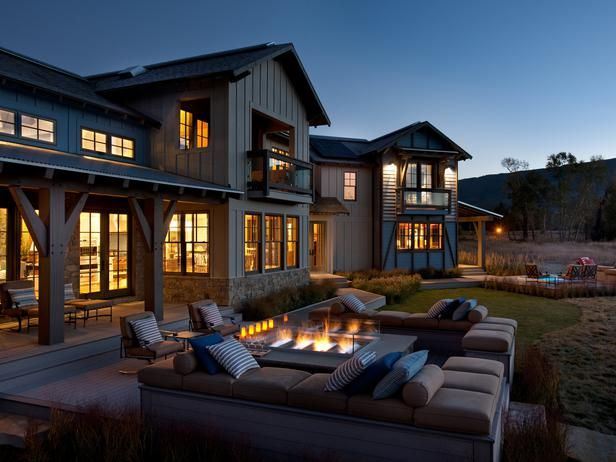 how cool. i so want to create an outdoor setting like this.