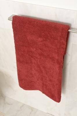 El color borgoña o arándano rojo es uno de los colores principales en la decoración victoriana