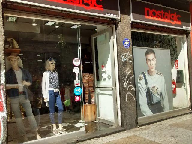 Santiago de Chile se convirtió en una de las ciudades más elegidas por los Argentinos para ir de compras por su cercanía a shoppings / malls enormes con mucha oferta de marcas americanas famosas cadenas de tiendas (For Ever 21 - H&M - Top Shop- Victoria Secret entre otras) pero sobre todo porque el cambio de moneda favorece.  Pero atención!  También es una ciudad que además de todo su atractivo turístico - sus paisajes sus imponentes edificios su variedad gastronómica- también podemos…