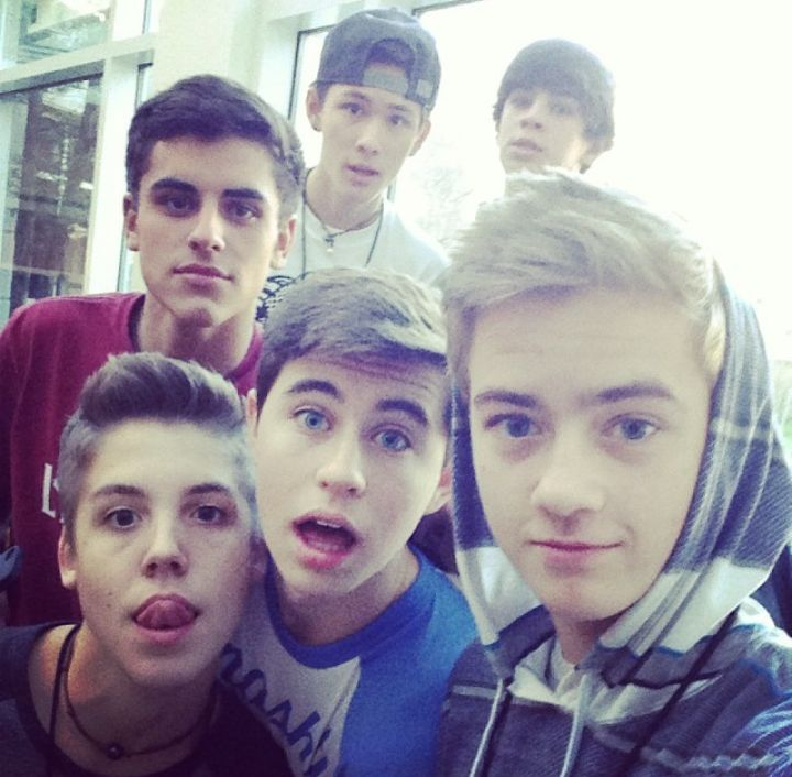 The cutest vine boys ever!!! Matthew Espinosa ;) ;) ;) Jack ..... Jack ..... ;) Hayes Grier ;) Nash Grier And Carter