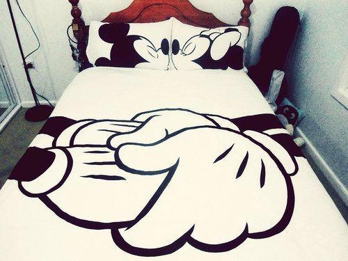 Image via We Heart It #and #beautiful #beauty #bed #blackandwhite #boy #boys #demi #disney #fake #fun #funny #galaxy #girl #girls #hate #life #love #peace #perfect #self #shose #vans #lovato #swag #barby #gaya #badhipster