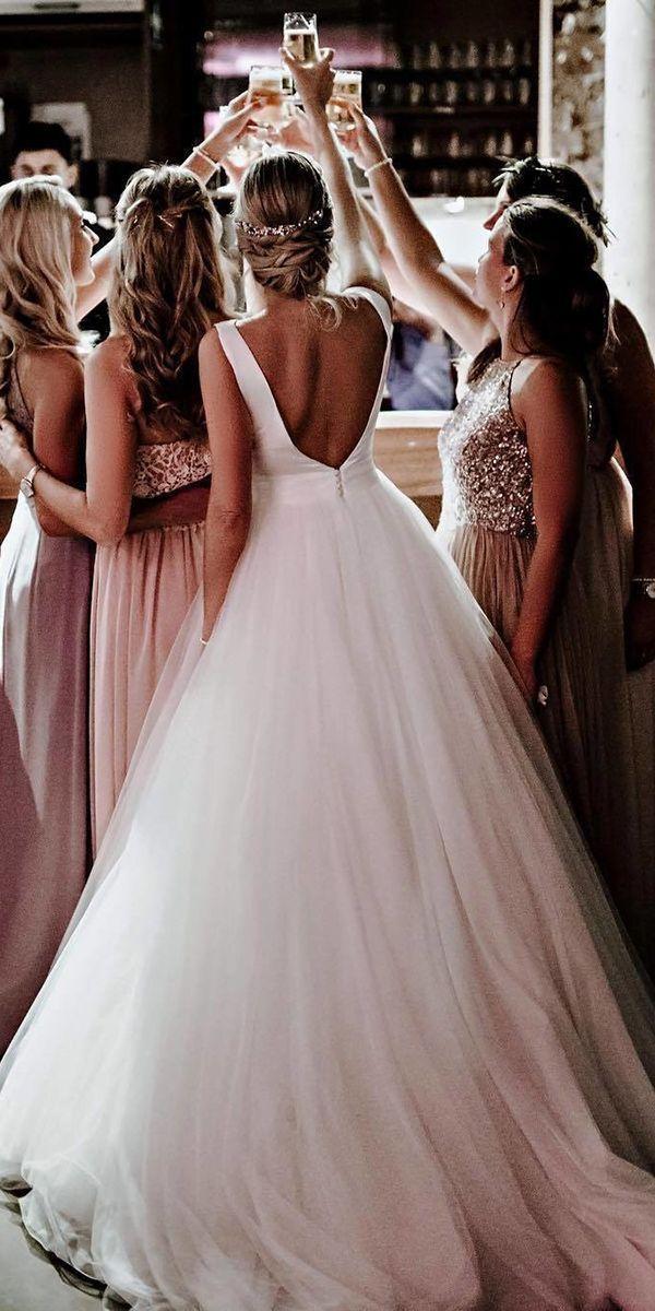 einfache Brautkleider Ballkleid v zurück ärmellose rosa Clara   – Hochzeitskle…