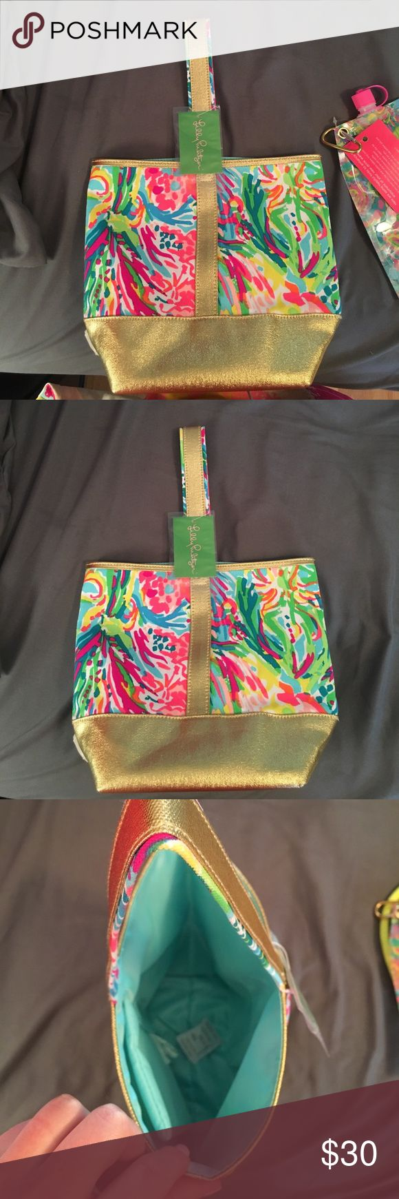 Lilly Pulitzer Wine Tote NWT Lilly Pulitzer wine Tote in multi fan sea pants print. Brand new with tags still attached! Great bag even if not used for wine Tote Lilly Pulitzer Accessories