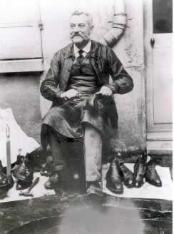 ancien cordonnier | La photo ci-contre, date de 1895. Il s'agit de Monsieur PAULIN ...