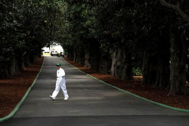 Augusta National Landmarks: Magnolia Lane at Augusta National the Entrance to golf's Heaven