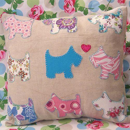 applique, cushion, blanket stitch