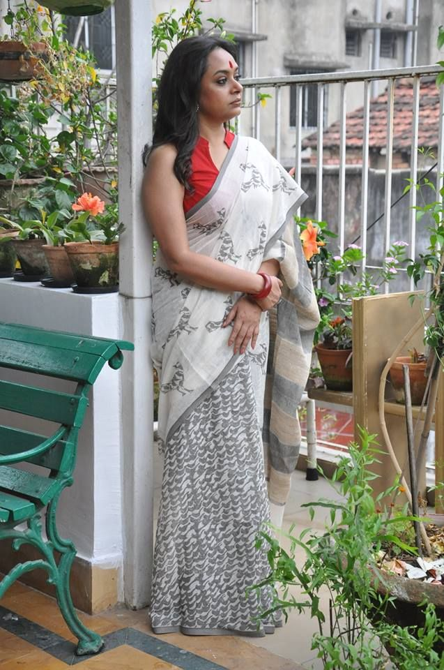 cotton woven summery white and grey bird pint saree from Byloom.