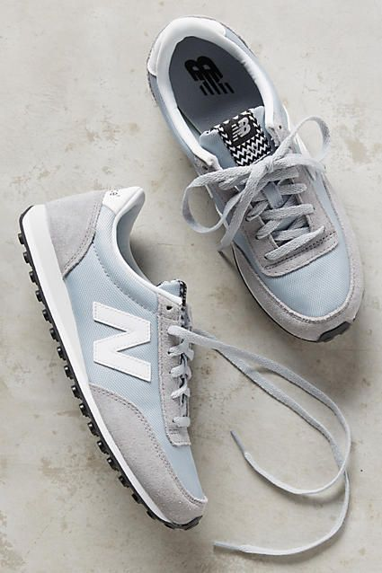 I adore the color of these New Balance sneakers. The combination of the blue, gray and white looks really elegant and soft. They would be perfect for a casual outfit.