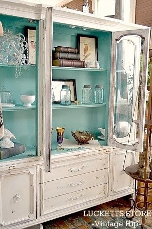 Old Lucketts Store - Fresh Off the Wagon #Turquoise interior