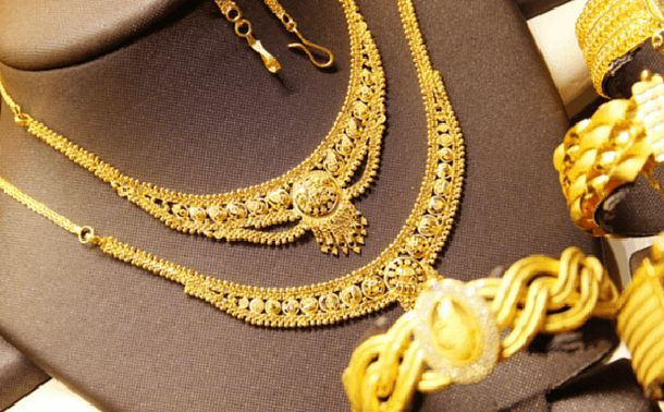 Why Buying Diamond Nose Pin/Jewelry or Investing in Gold a Good Choice?. To read more visit at http://www.candere.com/jewellery/womens-diamond-nosepin.html