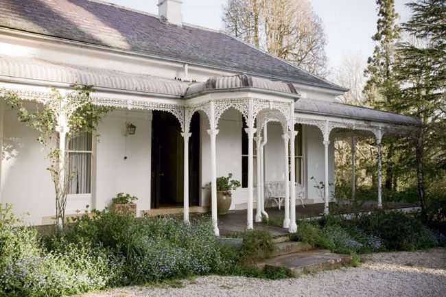 Country villa in Bowral, NSW//Photography Michael Wee