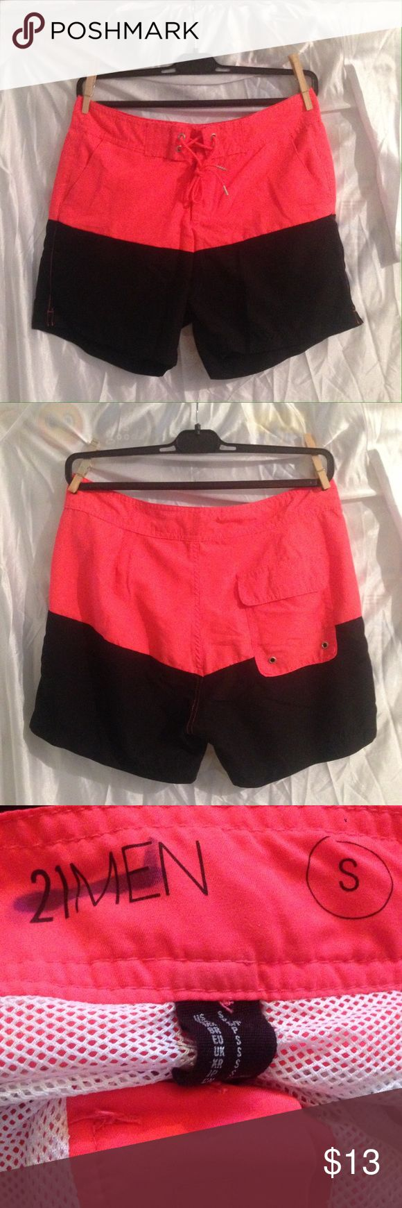 "🏊🏼Men's swim shorts 🏊🏼 Forever 21 men's swim shorts size S. Worn once. The brand is crossed out because it was purchased at a sample sale.🛍 Comes with 3 pockets & Mesh lining. 💯% polyester. Outseam measures 15"". Bundle and save 10%!! 💕🦄 21men Swim Swim Trunks"