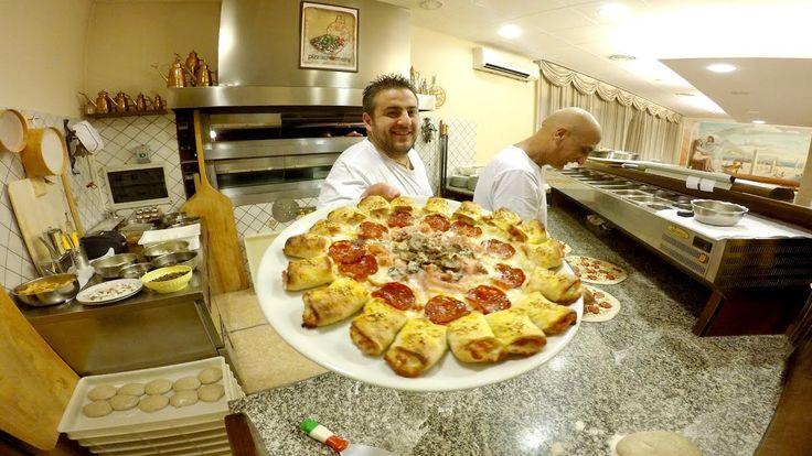 Una Fascia Del Sabato Sera Ristorante Pizzeria L'infinito Pizzaiolo Mario