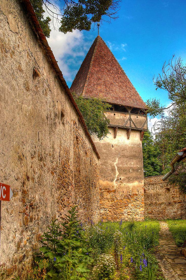 https://flic.kr/p/uvdDQN   Biserica fortificata Cincsor