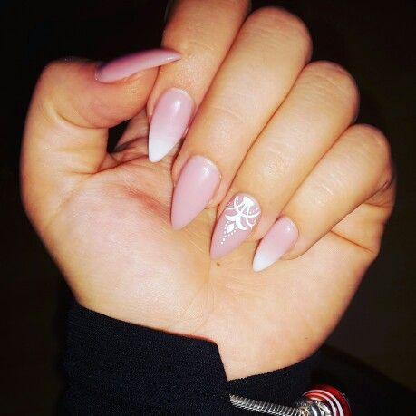 #Stiletto #nails #ombre #cover #stilettonails