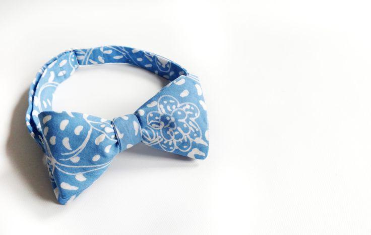 mens bow tie cotton - blue bowtie - blue BATIK bowtie - grooms bow tie - self tie - floral bowties - boho - rustic - adjustable bowtie by Hueynie on Etsy